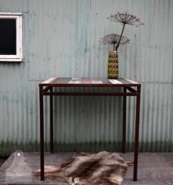 Hoge industriele tafel (130757)....verkocht