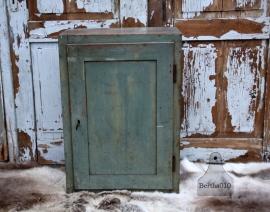 Geleefde hangkast (131556) verkocht