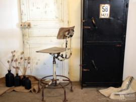 Originele in hoogte verstelbare bureaustoel (134927)..verkocht