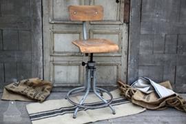 Authentieke industriële bureaustoel (131987) verkocht