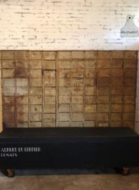 Lange Franse geleefde kist (137420)..verkocht