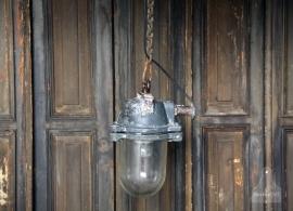 Oude industriële Bully lampje (131251)..verkocht