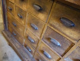 Antieke ladekast/toonbank badkamermeubel..verkocht