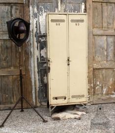 Jaren 30 industriële locker (131241) verkocht