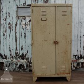 Geleefde locker (137135) verkocht