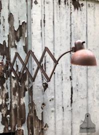 Oude Bauhaus schaarlamp (138635) verkocht