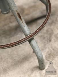 Atelierstoel grijs (143593) verkocht