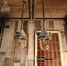 Industriële hanglamp (130892) verkocht