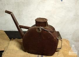 Oude oliekan (132393)....verkocht
