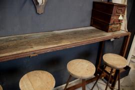 Hoge lange tafel (134980)..verkocht