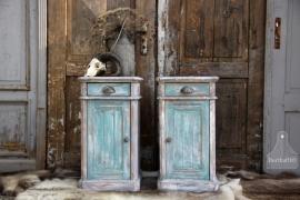 2 geleefde nachtkastjes (131362)..verkocht