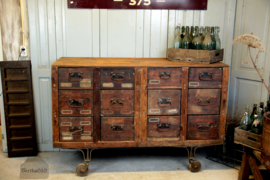 Originele ladekast/toonbank (134978)..verkocht