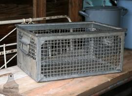 Industriele ijzeren kist (130183) ..verkocht