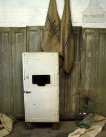 Industriële ijzeren witte kast (132660).....verkocht