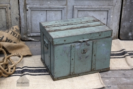 Oude opbergkist (132022) verkocht