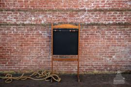 Jaren 20 schoolbord kind (136722)