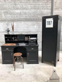 Oude ijzeren kast (144230)