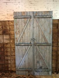 Oude geleefde deuren