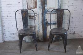 IJzeren verwante Tolix stoel (132844, 132845)