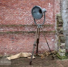 Fabriekslamp op statief (132662)..verkocht