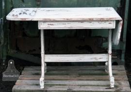 Witte klaptafel (130119) verkocht