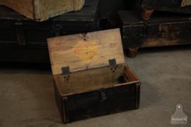 Oude verzendkist (136100)..verkocht