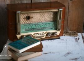 Oude buizenradio (130056) verkocht