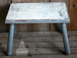 Tafel, grijs en wit (101109) verkocht