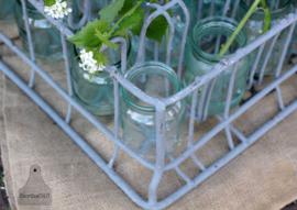 Oude krat met glazen potjes (133597) verkocht