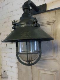 Oude fabrieks-wandlamp (142698)