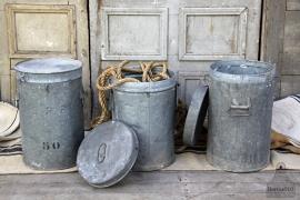 Industriële prullenbak (132000, 132001) verkocht