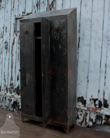 Antieke locker smal (137140)