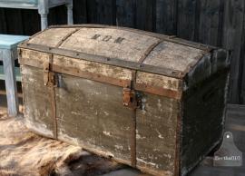 Oude reiskist (130430)..verkocht