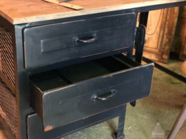 Oud ijzer bureau (138268) verkocht
