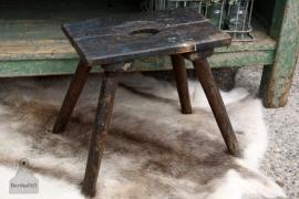 Oude geleefde kruk van hout (131237) Verkocht