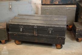 Oude geleefde verzendkist (136101) Verkocht