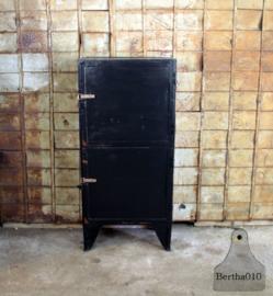 Fabriekskast (134559)..... verkocht