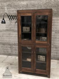 Oud Engelse vitrinekast (144502)