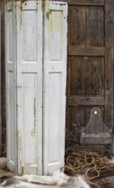 Hoge oude luik, 3 deuren (131446)..verkocht