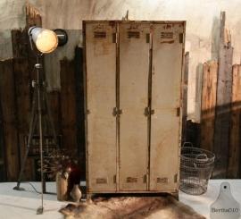 Industriele locker (130787)....verkocht