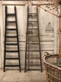 Oude werkladder links (144137) verkocht