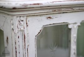 Antiek vitrinekastje (130644)..verkocht