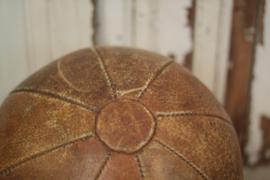 Grote lederen gymbal (136051)..verkocht