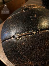 Oude lederen gymbal (140895)