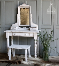 Landelijke kaptafel wit (131157)..verkocht