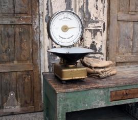 Oude kruideniers weegschaal (131235)..verkocht