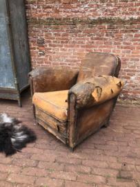 Antieke leren stoel (138557) verkocht