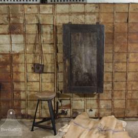 Antieke werk-hangkast (134634) verkocht