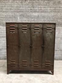 Oude Locker 4-deurs Fata (144396) verkocht