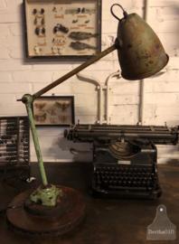 Oude bureaulamp groen (138636)